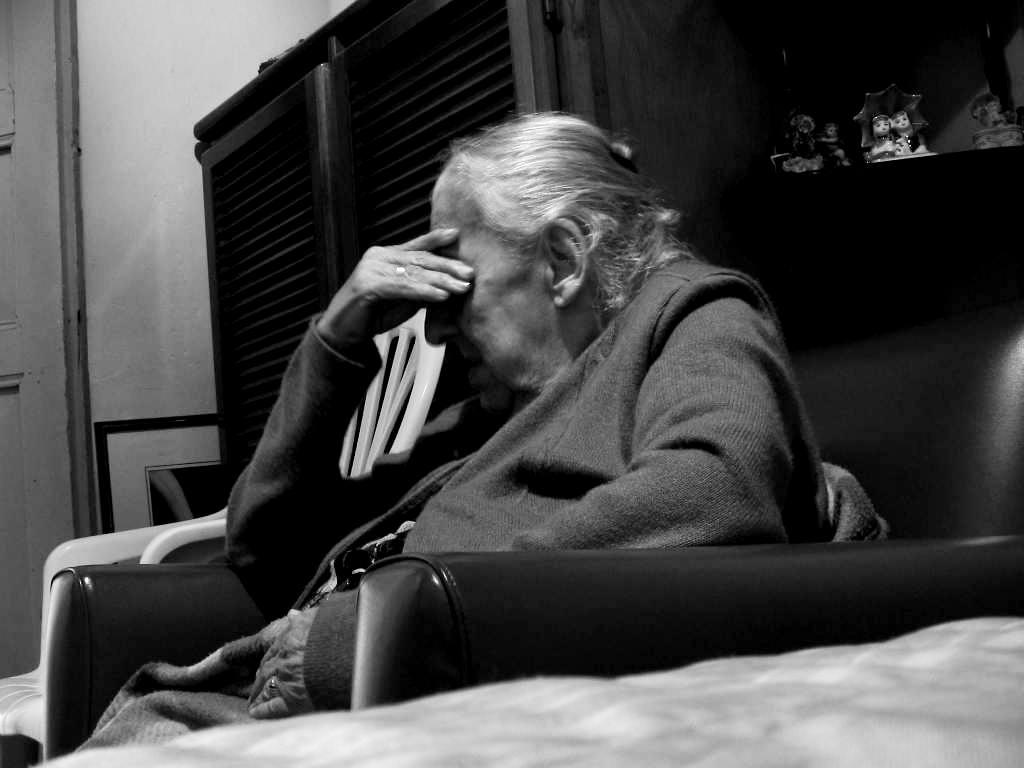 abuela-preocupada